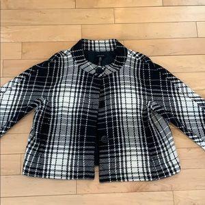 2/$13 EUC Lord & Taylor black white cape coat 14